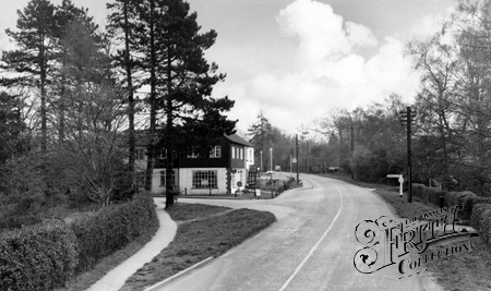 Crawley Down, Turners Hill Road c1955.